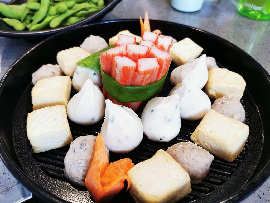 Lunch at hotpot restaurant Guoyin